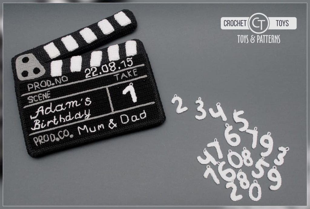 Crochet movie clapboard