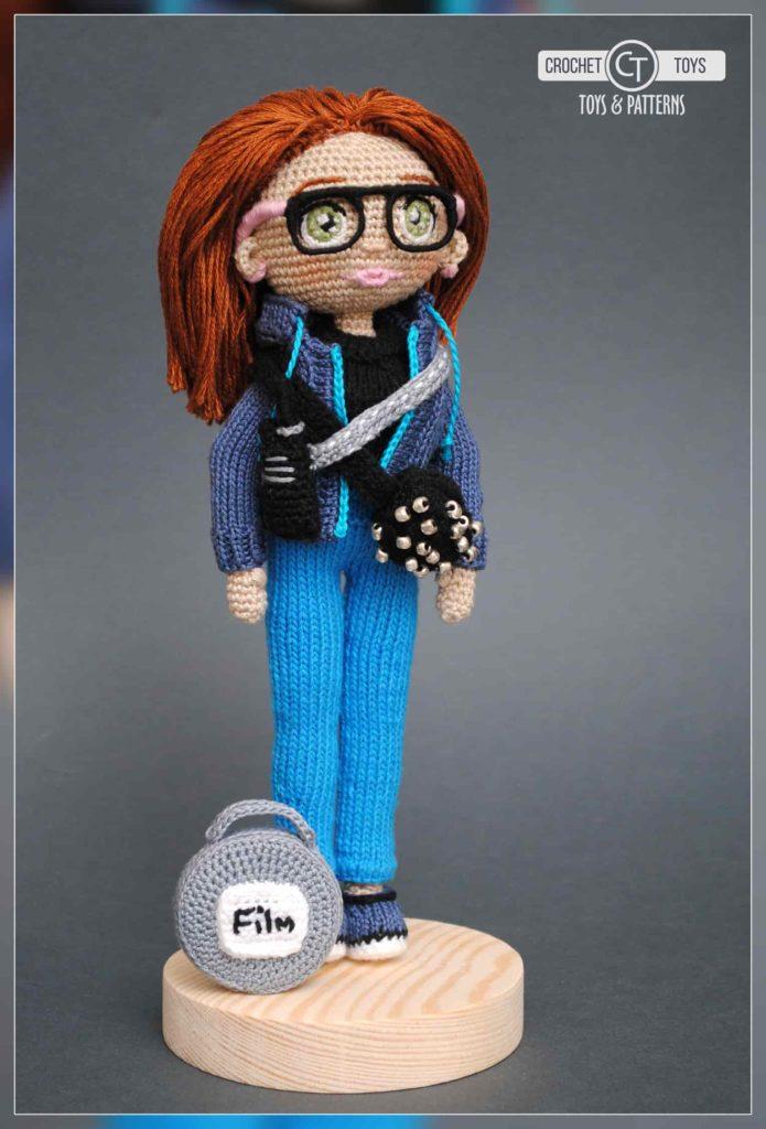 Crochet doll director
