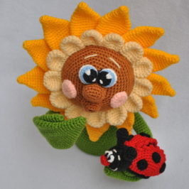 Crochet sunflower