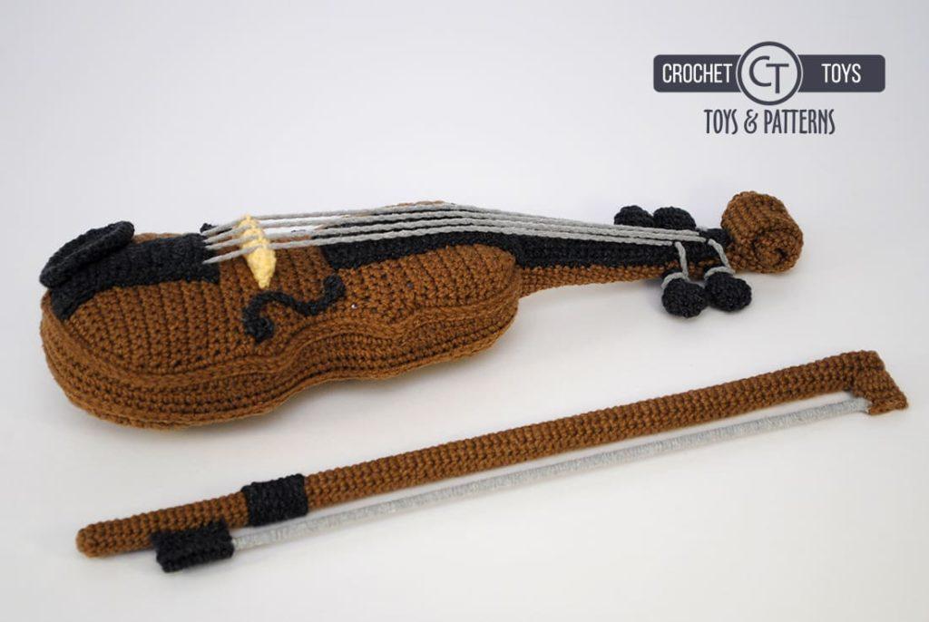 Вязаная скрипка