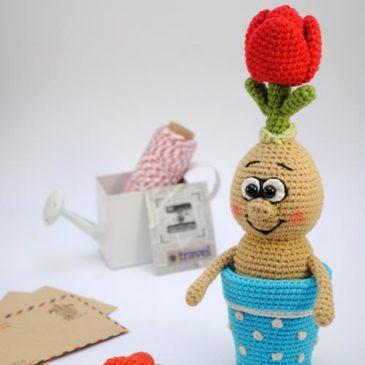 Amigurumi Crochet Pattern Flower in a pot
